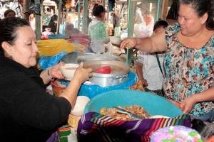 El pinol es de los platillos que se deleitan en Baja Verapaz. (Foto Prensa Libre: Carlos Grave)